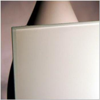 White Backpainted Magnetic Low Iron swatch